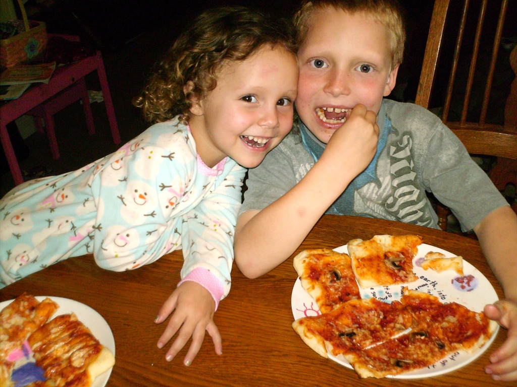 Tips for having a pizza making night with your children.