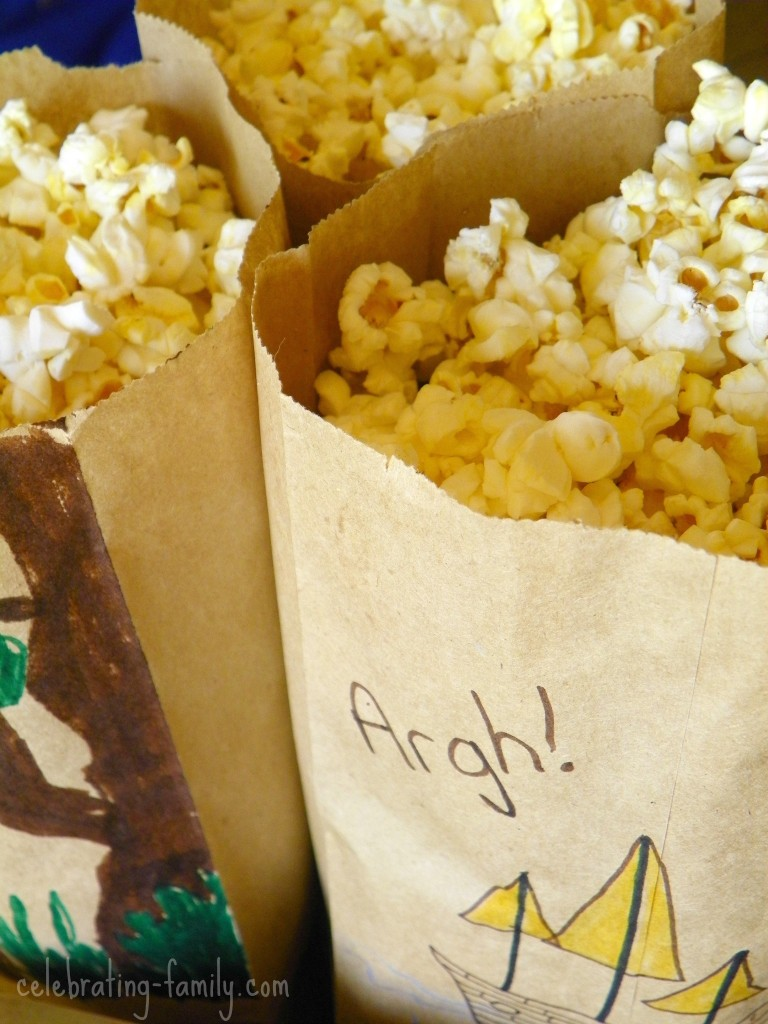 Popcorn bag craft - fun idea for your next trip to the movies.