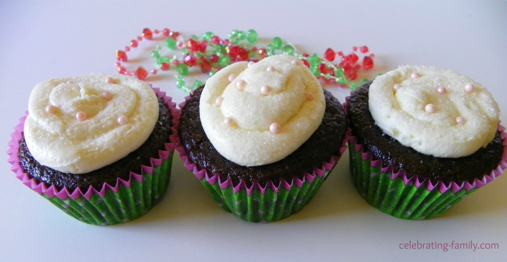 White Chocolate Buttercream Frosting cupcakes