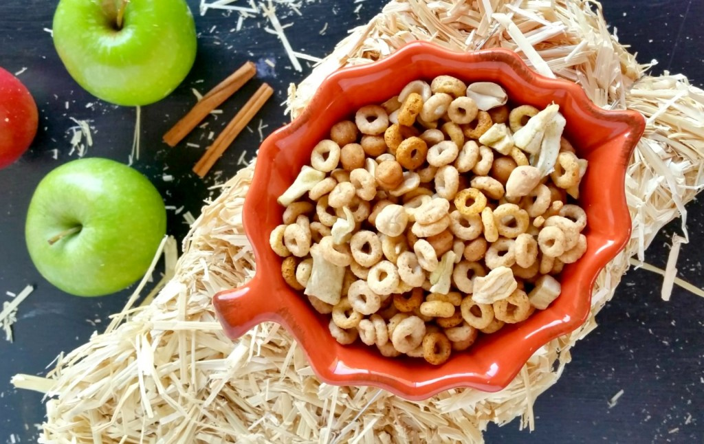 Caramel Apple Snack Mix